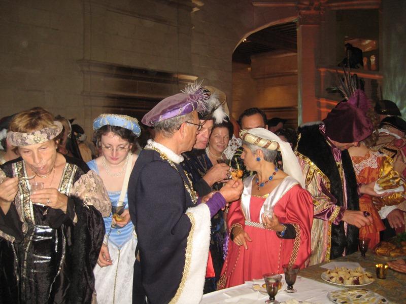 le bal de Versailles à Chambord, Octobre 2010 - Page 2 Lebalc15