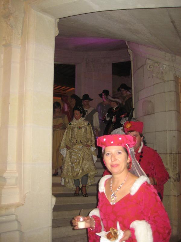 le bal de Versailles à Chambord, Octobre 2010 - Page 2 Lebalc19