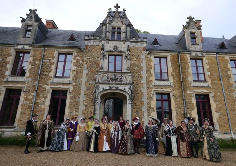 Bal Renaissance Chateau de  Courtanvaux le 20 Octobre 2012, les photos ! - Page 2 P1240010