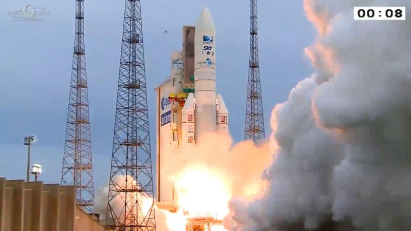 Lancement Ariane 5 ECA VA223 / DirecTV-15 + SkyMexico 1 - 27 mai 2015 - Page 3 Cgcr8111