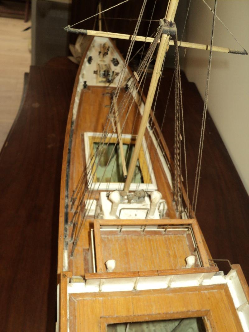 Yacht 1920 : le Pénélope . scratch au 1/50 Dsc03126