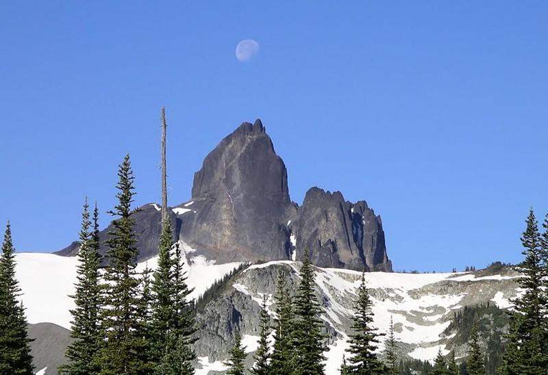 L'arc volcanique des Cascades (sujet participatif) Black_11