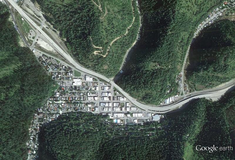 Lieux de tournages de films vus avec Google Earth - Page 29 Ge10