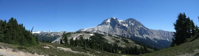L'arc volcanique des Cascades (sujet participatif) Mont0110