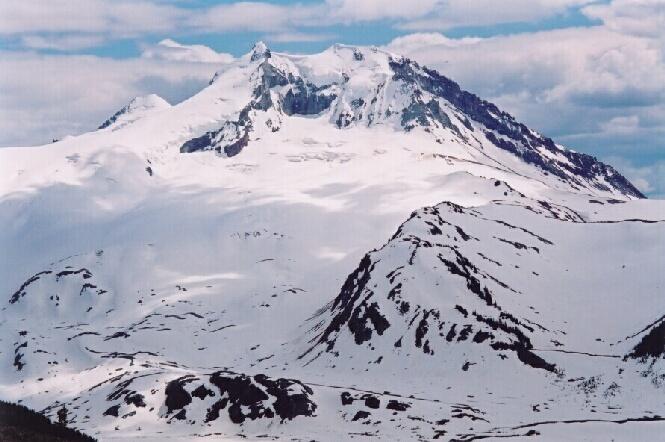 L'arc volcanique des Cascades (sujet participatif) Mt_pri10