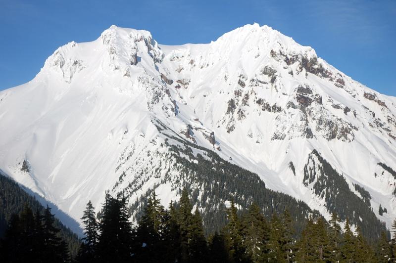 L'arc volcanique des Cascades (sujet participatif) Pic_et10