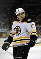 créer un forum : Ligue de hockey simulé rétro Lucic_11