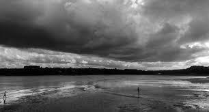 Une pesanteur comme un ciel gris et bas  Ciel_g10