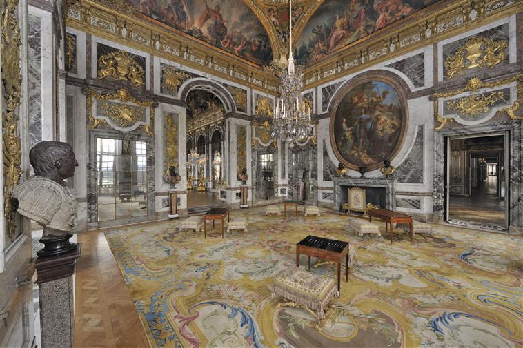 Les appartements et cabinets de Marie-Antoinette à Versailles 13-52716