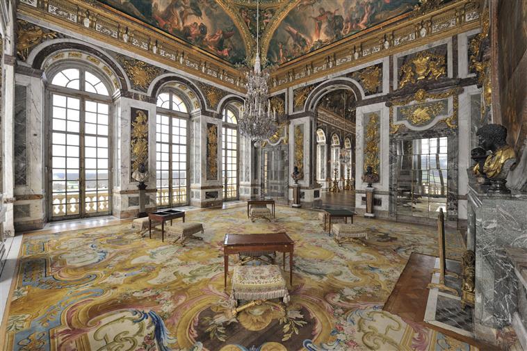 Les appartements et cabinets de Marie-Antoinette à Versailles 13-52717