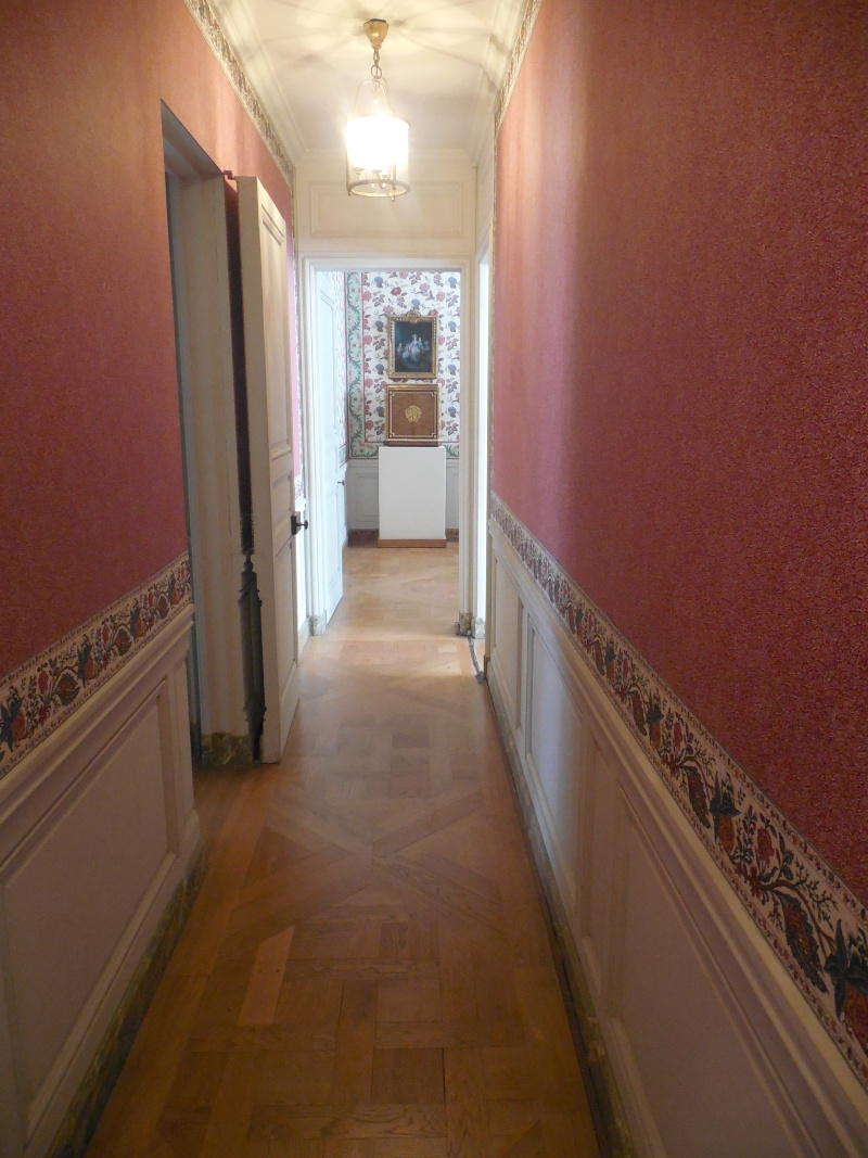 Les appartements et cabinets de Marie-Antoinette à Versailles - Page 2 Dscn0068