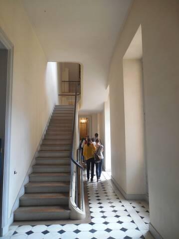 Chambre à coucher du Petit appartement de Marie-Antoinette, au  rez-de-chaussée du château de Versailles - Page 2