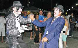 Chaplin e Michael na queima de fogos em Copacabana 03352910
