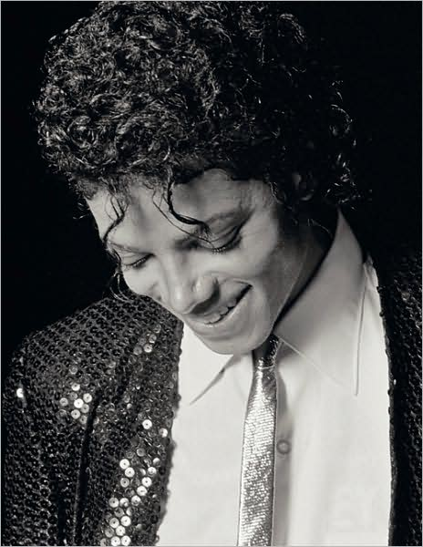 evista Rolling Stone lança um livro contando a vida e á carreira de Michael 42530610