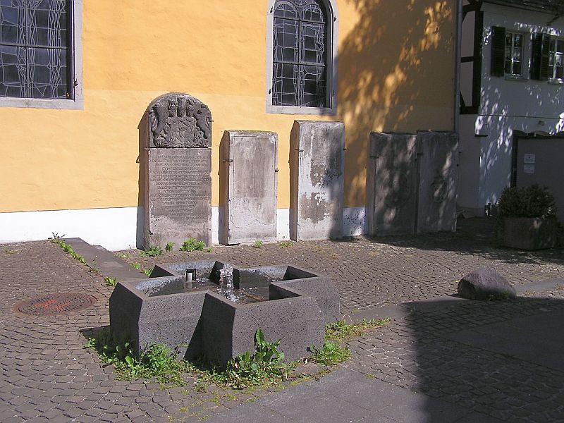 Oberkassel und die Kallboys - Die evangelische Kirche von Oberkassel 1210