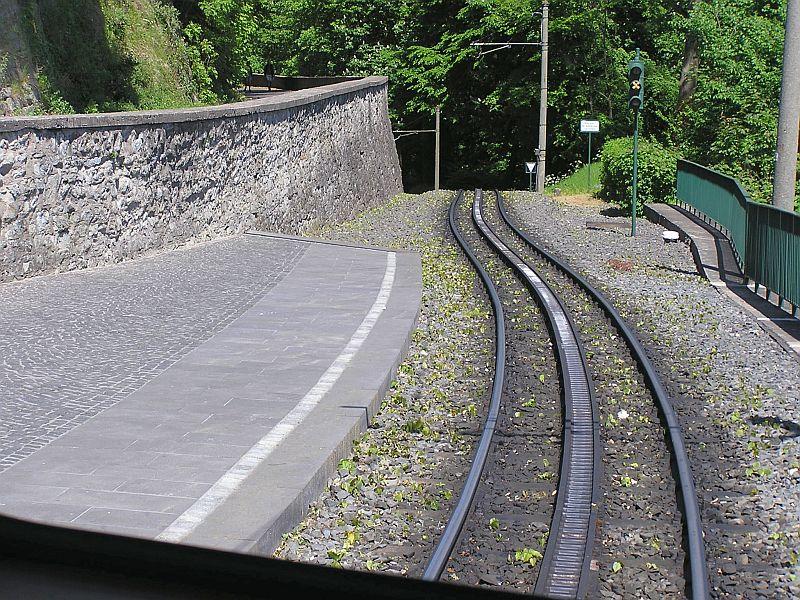 Mit der Zahnradbahn auf den Drachenfels 2410