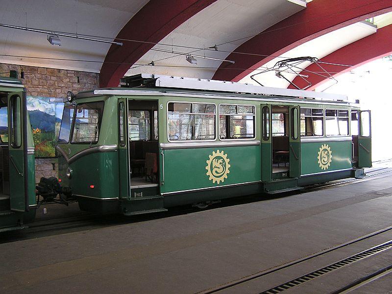 Mit der Zahnradbahn auf den Drachenfels 711