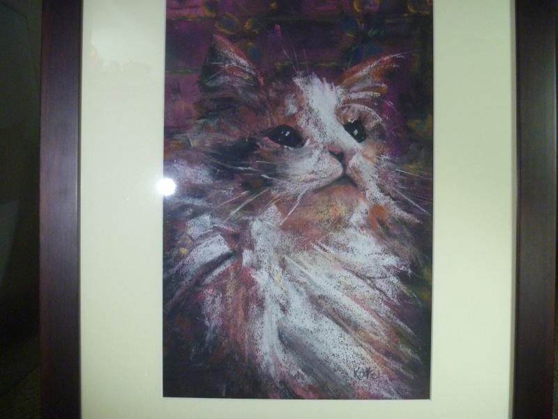 pastel cat signed ? 'Kate' P1010618