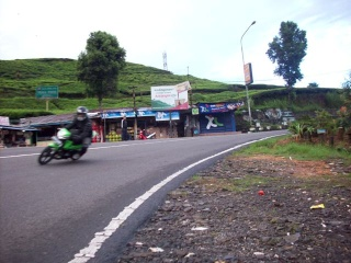 Cornering team in Action 100b3212