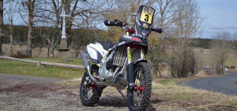 Moto NC 450 enduro Asiawing, a votre bon coeur messieurs-dames !!! Dsc_0210