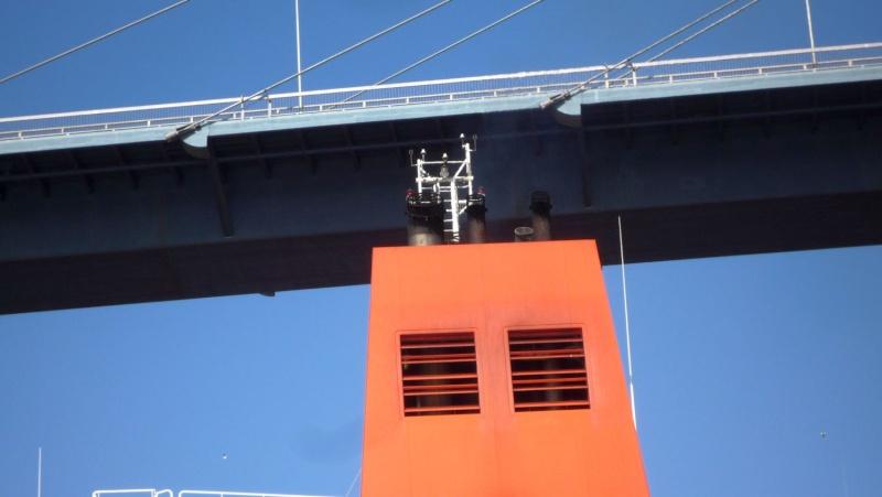 Einsatzfahrt mit einem Schlepper im Hamburger Hafen 06710