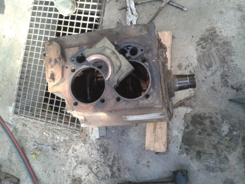 Renov' moteurs F2l612 et 712 - Page 3 2015-058