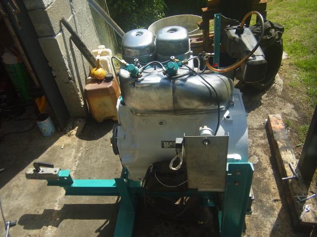 Renov' moteurs F2l612 et 712 - Page 3 Rimg0323