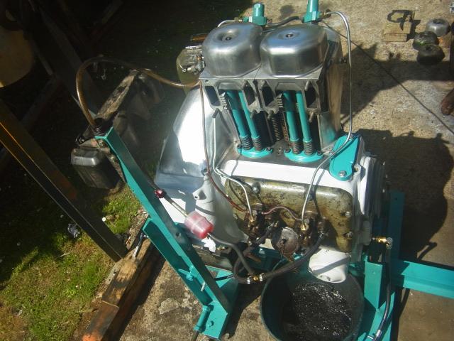 Renov' moteurs F2l612 et 712 - Page 3 Rimg0324