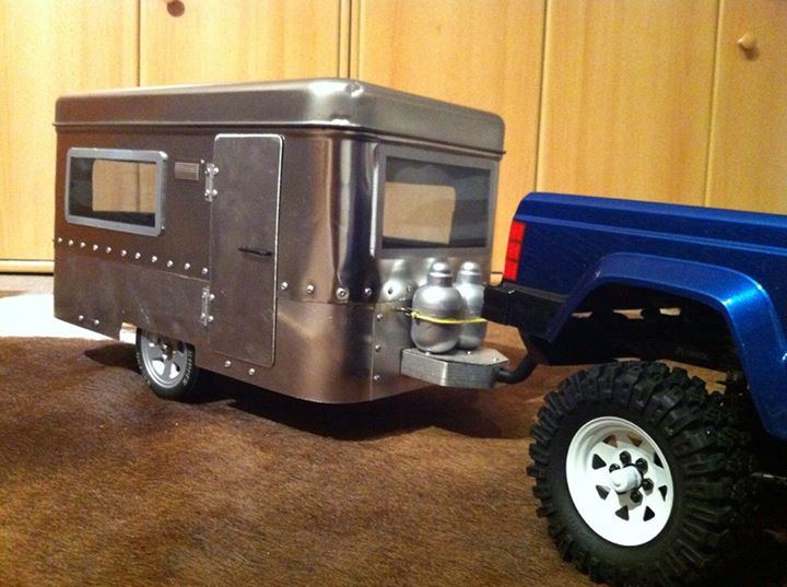 "la caravane ""Lunchbox"" Airstream  14768310"