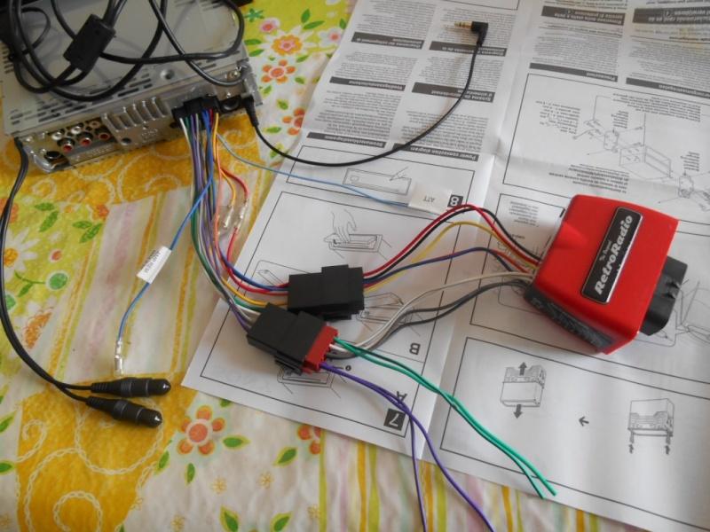 Remplacement  radio d'origine par autoradio classique - Page 6 Dscn0510