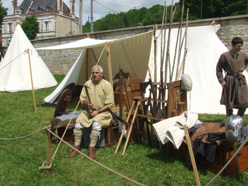 Première fête médiévale d'Ancy le Franc  Dscf6412