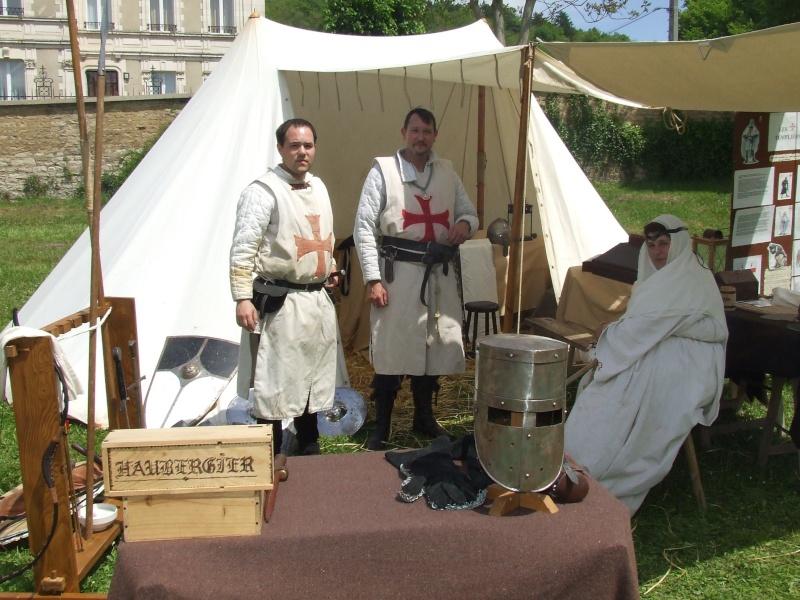 Première fête médiévale d'Ancy le Franc  Dscf6414