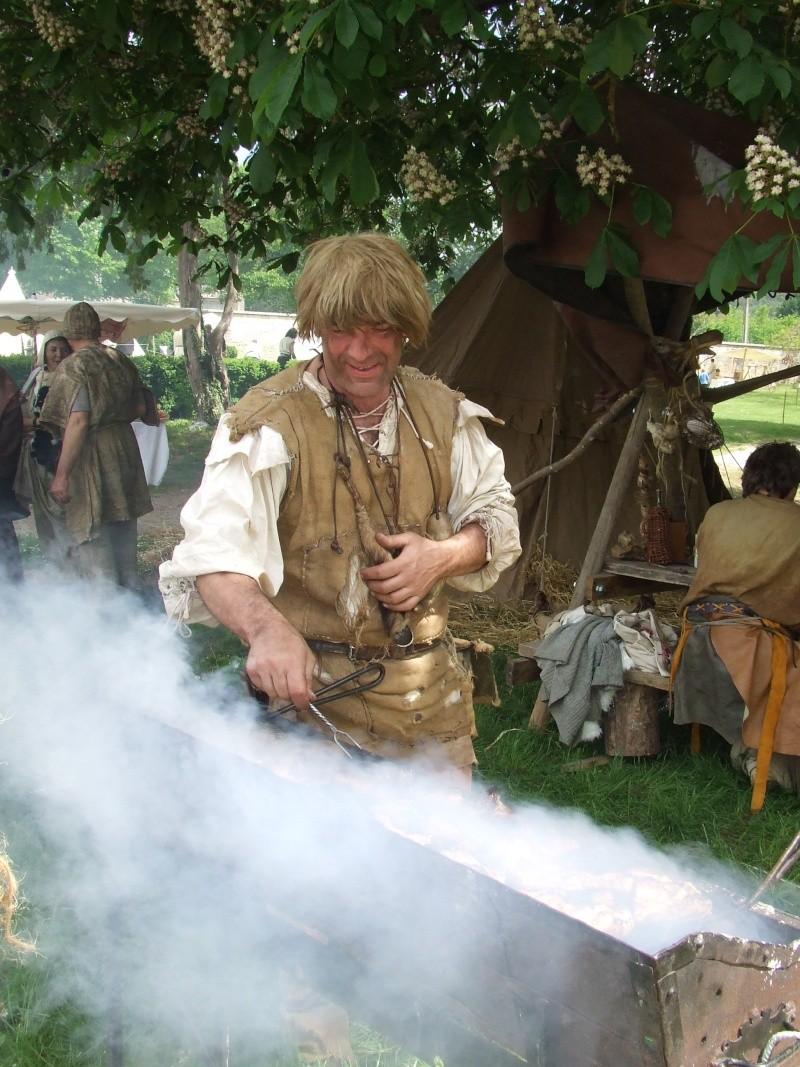Première fête médiévale d'Ancy le Franc  Dscf6416