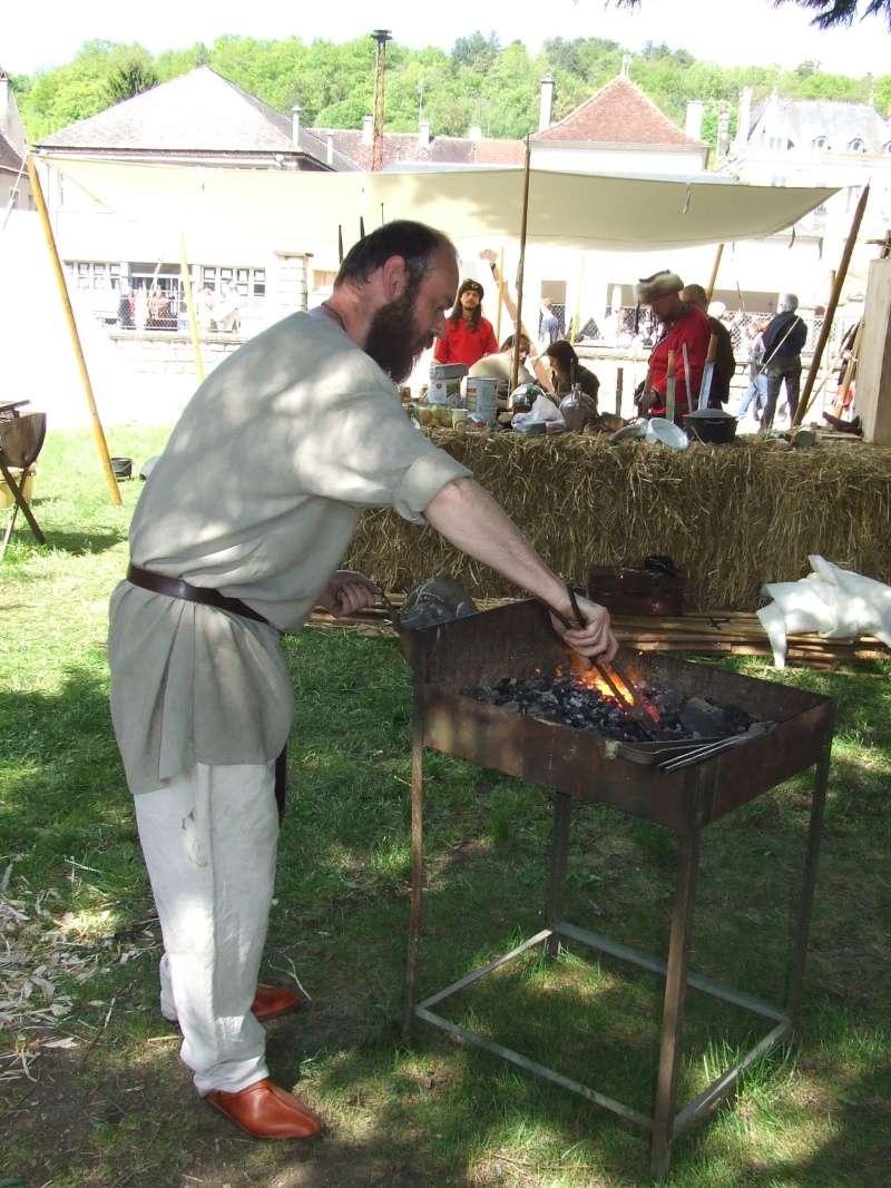 Première fête médiévale d'Ancy le Franc  Dscf6421