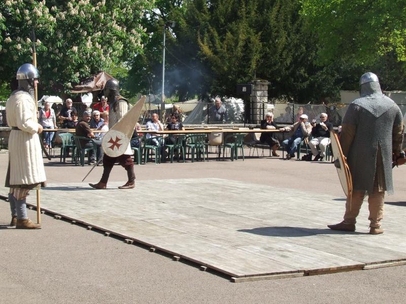 Première fête médiévale d'Ancy le Franc  Dscf6423