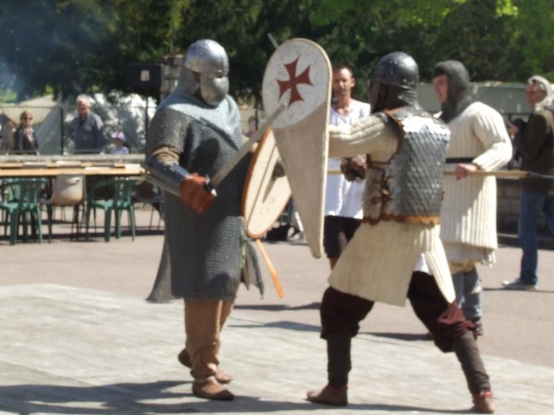 Première fête médiévale d'Ancy le Franc  Dscf6429