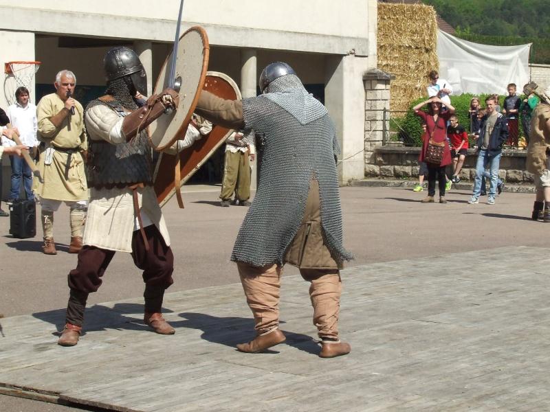 Première fête médiévale d'Ancy le Franc  Dscf6430