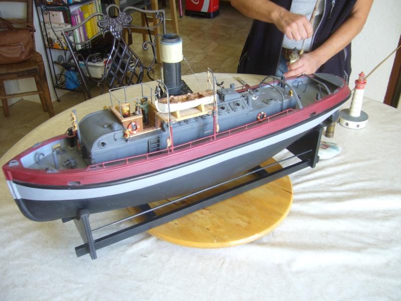 Titan II Remorqueur de rivière au 1/35° P1150210