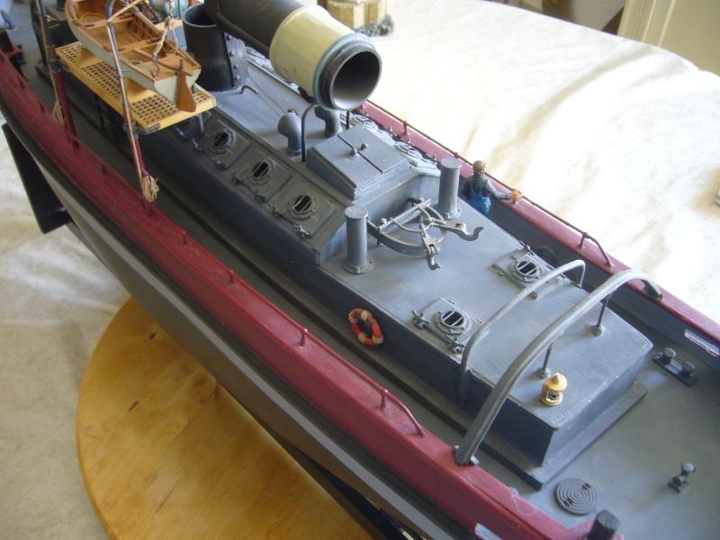Titan II Remorqueur de rivière au 1/35° P1150214