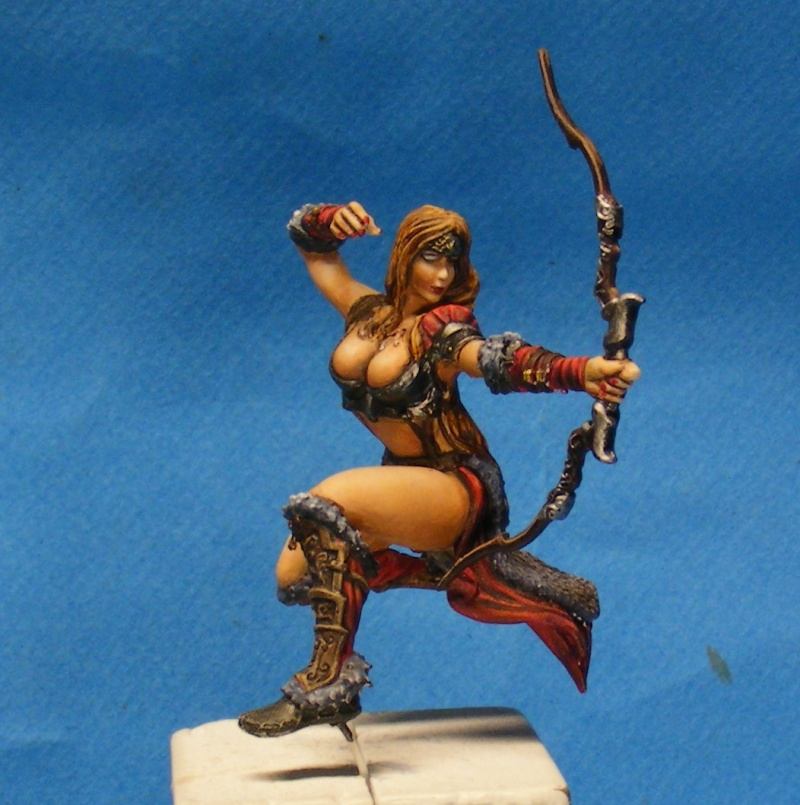 Shauna and the wolf  : DRACONIA miniatures 54mm 00110