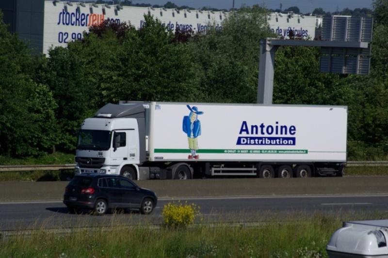 Antoine Distribution (Cholet, 49) - Page 2 Imgp8510