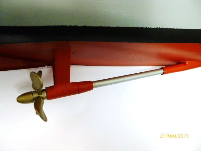 """Escorteur d'escadre """"La Galissonnière""""  plan MRB 1/100è (le chantier a réouvert ses portes) - Page 30 P1000111"""