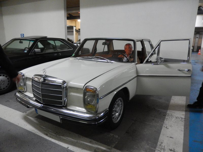 Rencontre au Mercedes-Benz Center de Rueil-Malmaison, le samedi 9 mai 2015 Img_1115