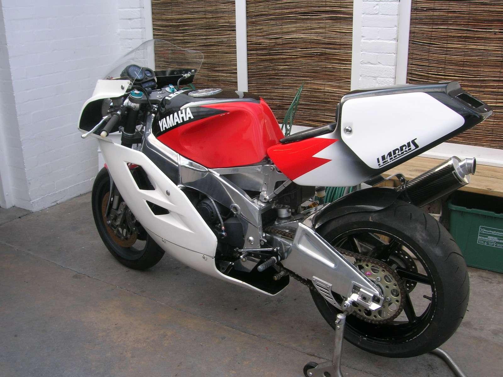 Yamaha FZR - Page 2 Harris11