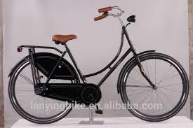 Le vélo en jupes Images24
