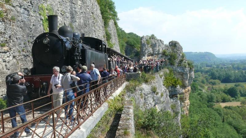Chemin de fer du Haut-Quercy à Martel (Lot) - Page 2 P1140123