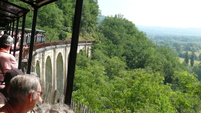 Chemin de fer du Haut-Quercy à Martel (Lot) - Page 2 P1140128