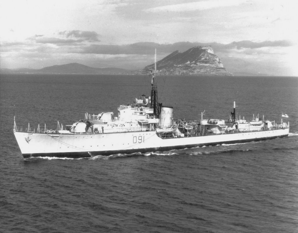 DESTROYER DE LA ROYAL NAVY : du CAESAR au DUCHESS Childe10