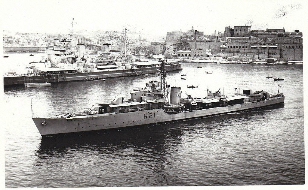 DESTROYER DE LA ROYAL NAVY : du CAESAR au DUCHESS Hms_ch11