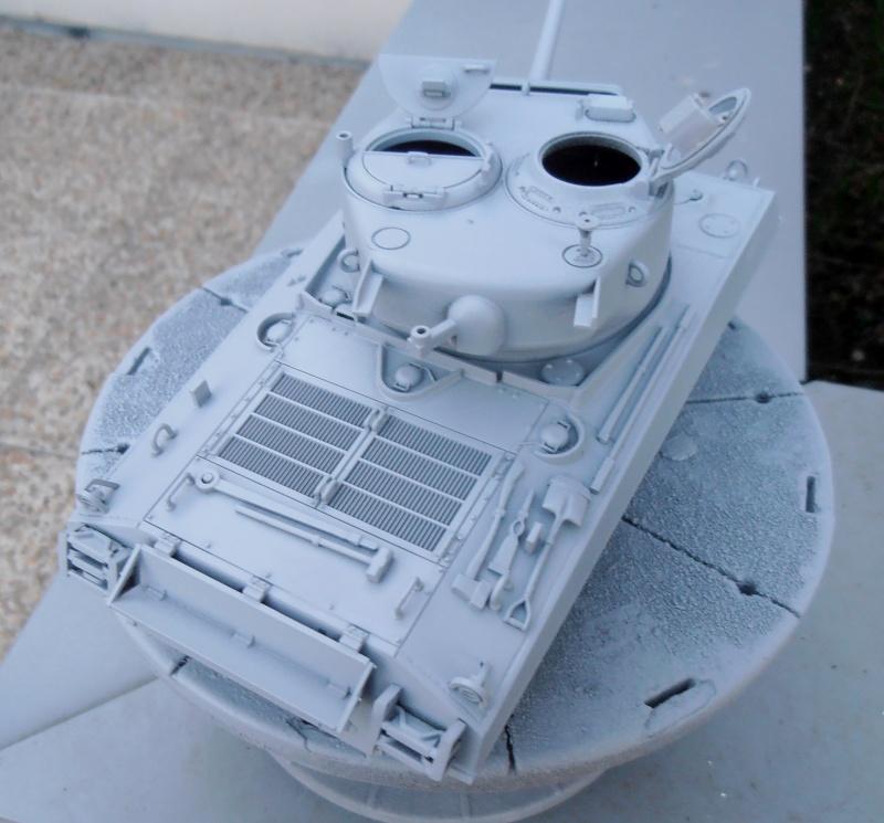 """Sherman M4A3 76 mm """" 2éme DB """" ( boite a rabiot 1/35éme ) P3230521"""